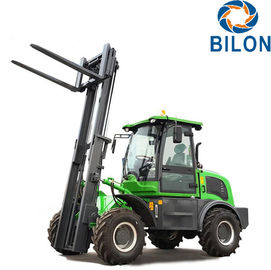 China Off Road Diesel Forklift Truck 3 Ton Rated Loading Capacity With Four Wheel Drive supplier