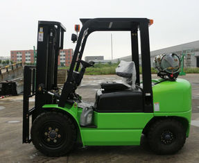 Green Road Construction Machinery , High Performance 3T Gas Engine LPG Forklift
