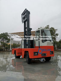 China 5 Ton Engine - Powered Side Loading Forklift Truck With 85KW ISUZU Engine distributor
