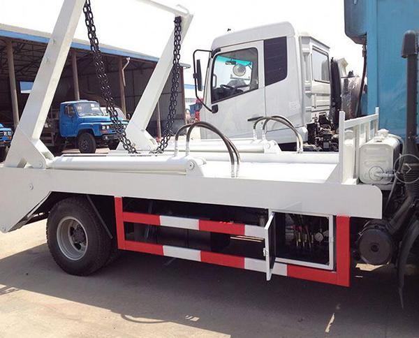 Diesel Fuel Type Waste Management Garbage Truck 4x2 With 95hp Engine Capacity