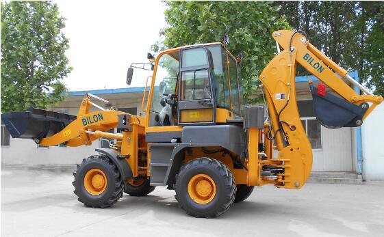 Stable Running Small Backhoe Loader 1.6 Ton With 1600kg Operating Weight