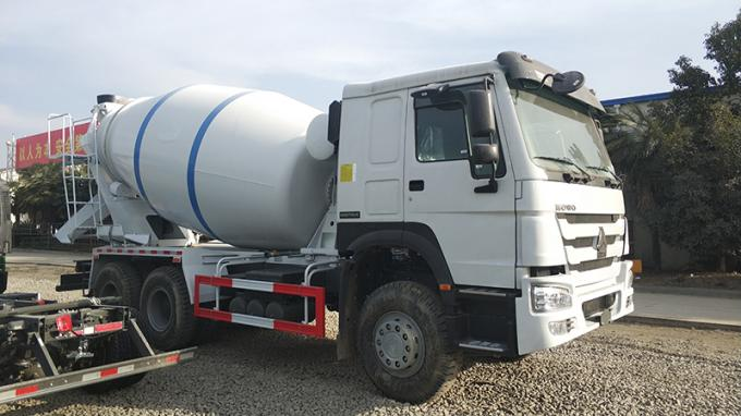 Euro 2 Sinotruk Howo 6x4 Mixer Truck With Tank Body 8 Cubic Meters